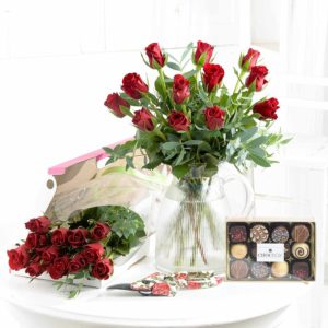 letterbox roses and chocolates by post
